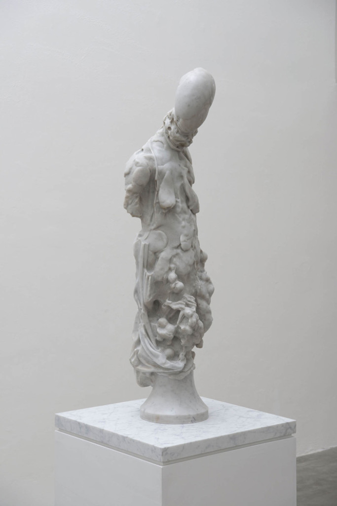2016, White Carrara Marble, 100 x 35 x 35 cm. Photo Giorgio Benni